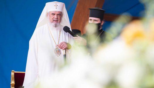 Părintele Patriarh transmite un îndemn la rugăciune şi grijă pentru sănătate în pandemie